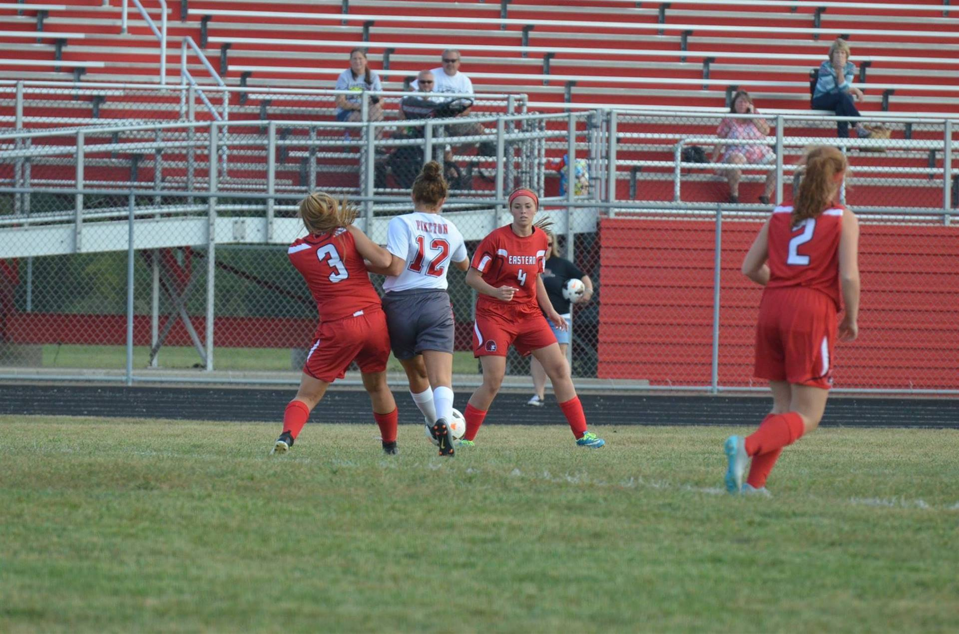 Brianna Odel fighting to win the ball.